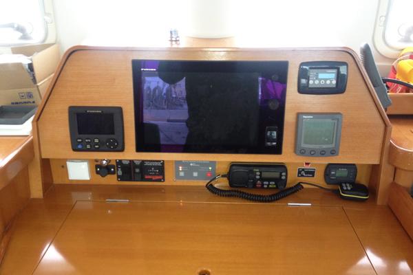 Navigation-Furuno-1